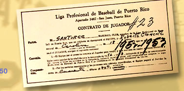 Image: Clemente's contract with the Santurce Cangrejeros.